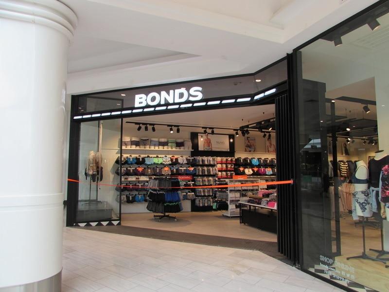 Bonds Store Miranda